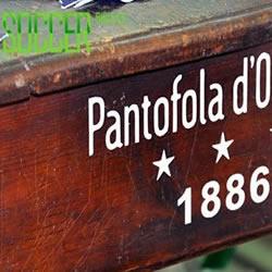Pantofola d'Oro 手工制作足球鞋