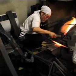 日本铸剑大师视频 纯手工打造武士刀!