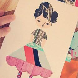有趣换衣娃娃的剪纸教程