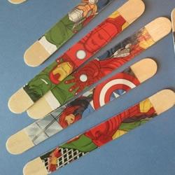 冰棍棒DIY:用漫画书制作艺术范儿的冰棍棒