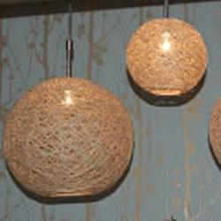 气球和麻绳制作创意吊灯的方法
