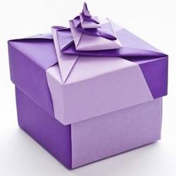 漂亮包装盒的的折纸教程