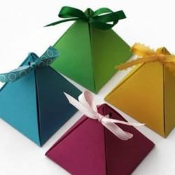 漂亮金字塔形包装盒的手工制作教程
