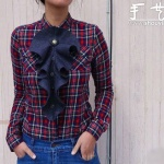 女生漂亮衣服领花的手工制作教程