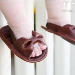 宝宝牛皮凉鞋的手工DIY教程