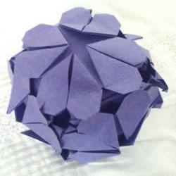 美丽的折纸花球制作教程