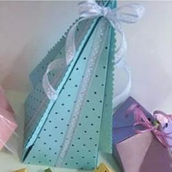 三角形塔状礼品包装盒手工制作方法