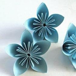 立体樱花花簇的手工折纸教程