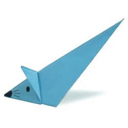 会向前滑行的滑行鼠折纸方法