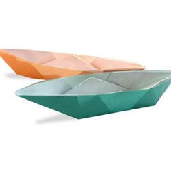 <font color='#FF6633'>能漂浮在水面上的小船折纸教程</font>