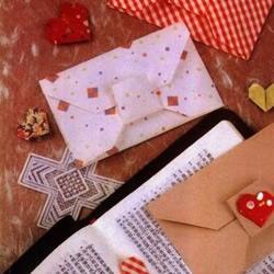 蝴蝶结信封折纸方法