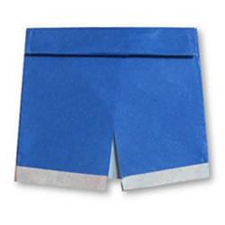 男士短裤的折纸方法