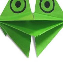 能张嘴的青蛙折纸方法