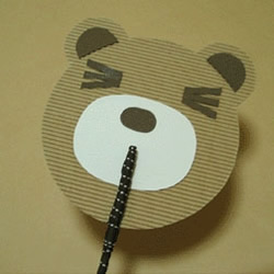 一次性筷子DIY小熊纸扇的方法教程