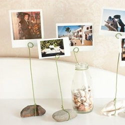 石头和铁丝DIY的相片架