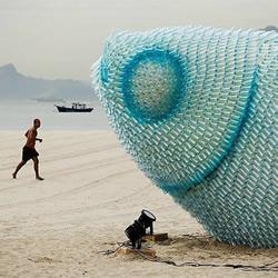 废弃塑料瓶DIY的巨鱼