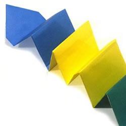 简单的毛毛虫折纸方法
