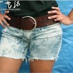 穿旧的长款牛仔裤改造热辣短裤