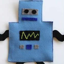 简单的羊毛毡DIY机器人挂饰的方法