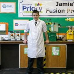 震惊~英国一13岁中学生成功在学校完成核实验!
