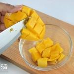 芒果丁的切法 教你如何切出漂亮的芒果丁