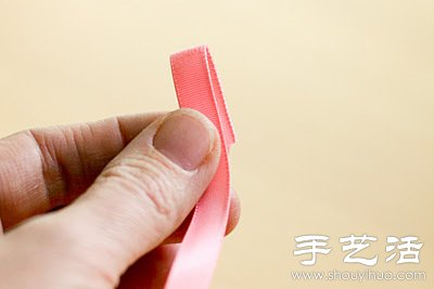 蝴蝶结丝带手环手工制作教程 -  www.shouyihuo.com