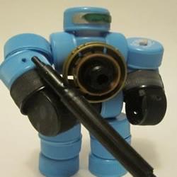 塑料瓶盖变废为宝手工制作机械战警玩具