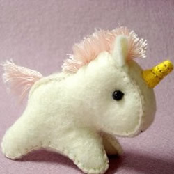 超可爱的独角兽小手工毛绒玩具