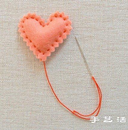 毛氈布製作的心形小玩意
