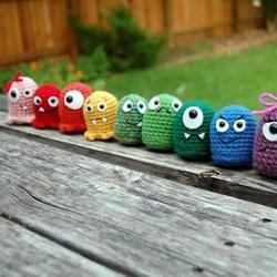 针织的可爱外星生物玩偶