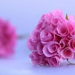 非常逼真的粉红纸玫瑰的做法