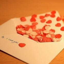 """传递爱念想:装满""""心""""的信封"""