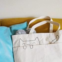 简单刺绣DIY改造猫咪图案手提袋
