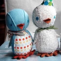 毛绒绒的超萌小鸭玩偶