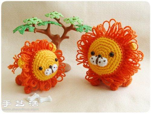毛線製作的可愛小獅子玩偶