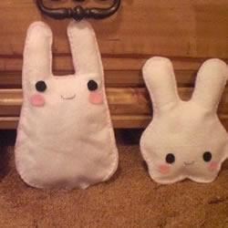 手工布�萌兔子玩偶