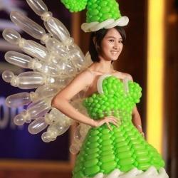 气球DIY制作的创意连衣裙