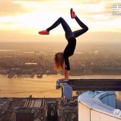 极限运动爱好者挑战生死一瞬间的危险边