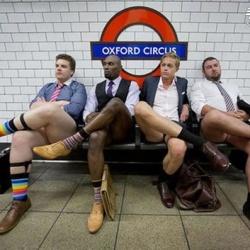 创意广告:伦敦男性热裤时尚穿搭