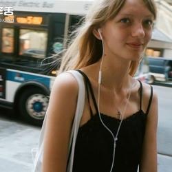 纽约时装周前的模特儿 镜头下的时尚新面孔
