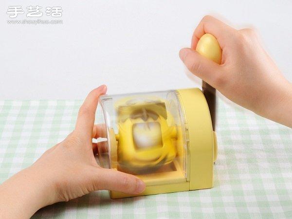 能夠把生雞蛋直接變布丁的超厲害布丁機