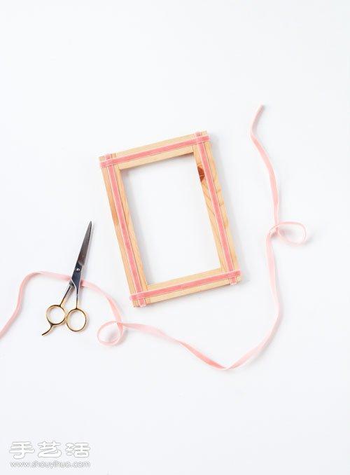 利用絲帶簡單手工改造木相框圖解教程