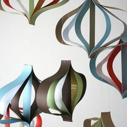 彩色纸条DIY简单漂亮的家居挂饰图解教程