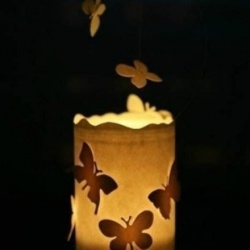 玻璃瓶+铁丝+剪纸 手工制作浪漫蝴蝶飞烛台