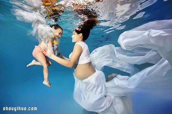 准媽媽水中拍攝寫真,給孕期添上別樣的美