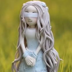 超轻粘土制作漂亮长发女生玩偶摆件图解