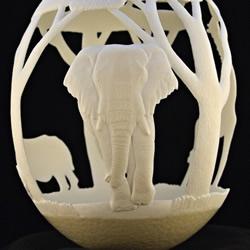 鸵鸟蛋雕刻出层次细腻又立体的非洲野生动物