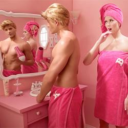 窥探真实 Barbie 的婚姻生活系列摄影