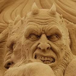 大型西方魔鬼沙雕艺术品DIY制作步骤