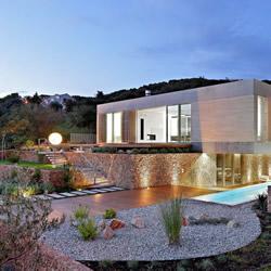 Olive House 帕格岛海景别墅装修设计